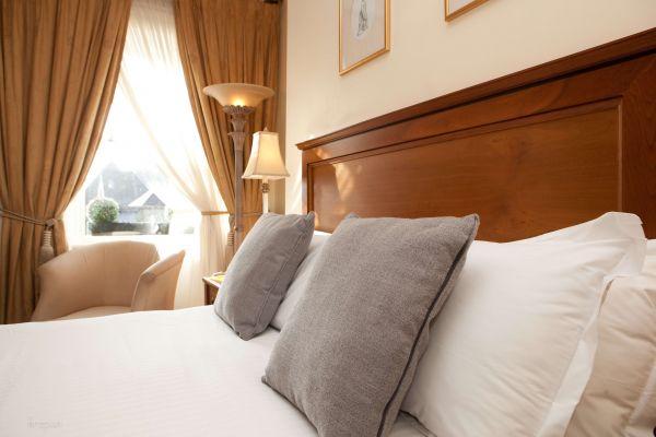 headfort bedroom images